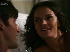 الساخنة وقحة سكسي نايجيري يسلي ضابط في غرفة الفندق